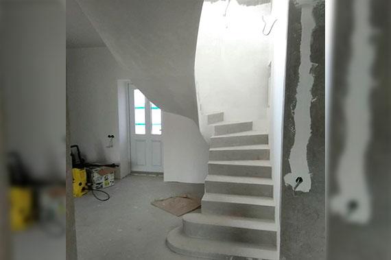 Лестницы под ключ - фото 14