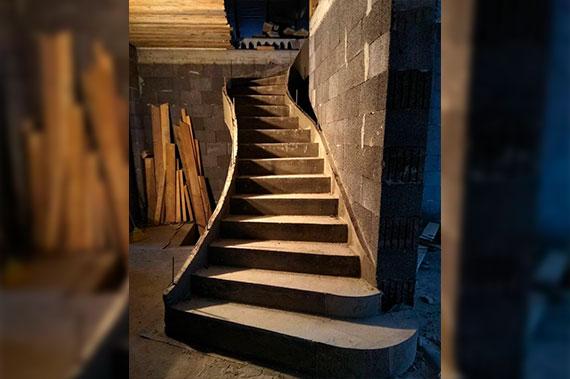 Лестницы под ключ - фото 21