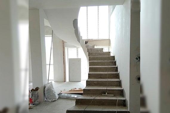 Лестницы под ключ - фото 22