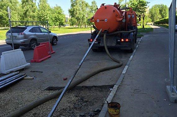 Откачка канализации - фото 3